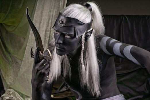 Drow III by vil-painter