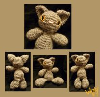 Tiny crochet kitten by Merlend