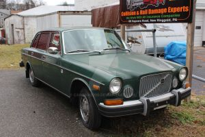 Green Volvo Unknown Model by canona2200