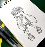 sketch: little sized inkling girl  by esueneu