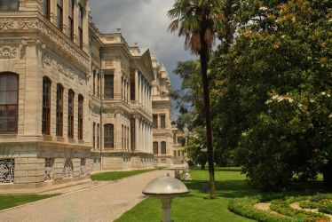 Dolmabahce Palace 3 by tiptopland