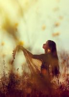 Dancing With The Sunlight by Enkidulan