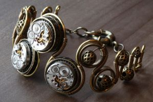 Steampunk bracelet with 3 watch mechanism by CatherinetteRings