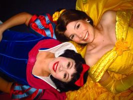 Belle and Snow White by BellesAngel