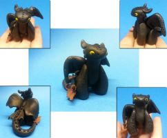 Toothless dragon.....sortof by NoMoreThanMe