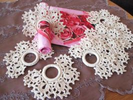 Crocheted Rings for Napkins by ToveAnita