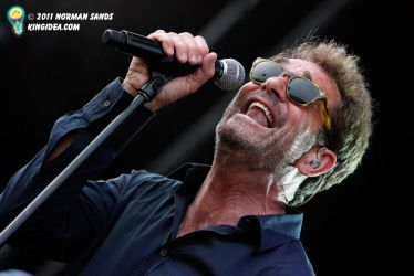 Huey Lewis Summer camp 2011 by ratdog420