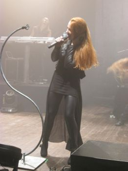 Simone Simons 015 by STRONG-COAT-OF-BLACK