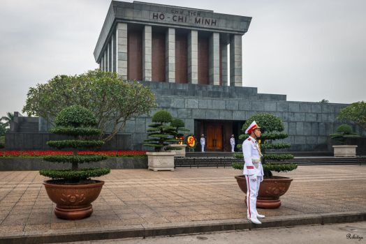 good morning Vietnam - the mausoleum by Rikitza