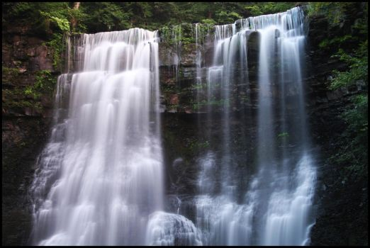Twin Falls 2 by Melens-rayne