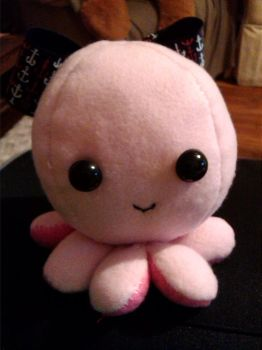 Octopus plush by SqueakFace