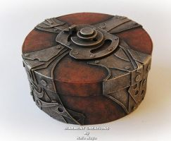 Steampunk Round Box by Diarment