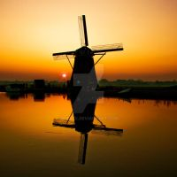 Windmill with Sunset by siebex