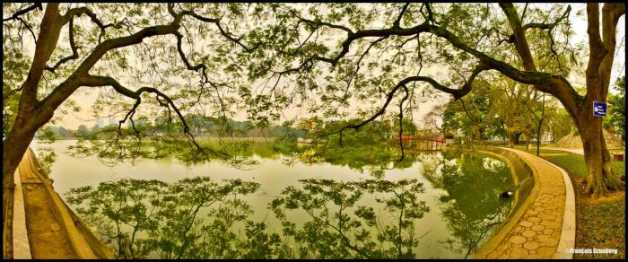 Along the lake in Hanoi by partoftime