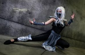 Fem Smoke Mortal Kombat Cosplay by piratesavvy07