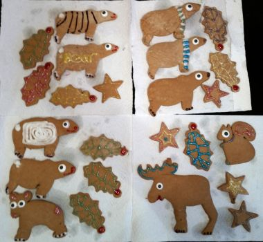 Gingerbread decorating by LordLJCornellPhotos