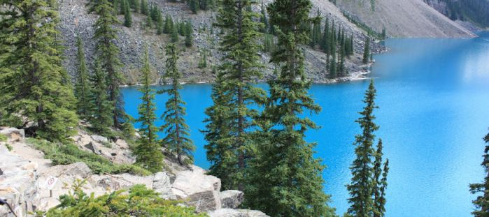 Moraine Lake 2 by nalhcal