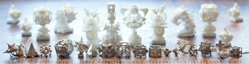 Surreal 3D printed Fractal Jewelry and Accessories by MANDELWERK