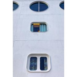 Ship windows by sequential