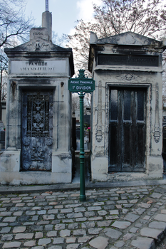 Pere-Lachaise Cemetery 01 by lallirrr-photography