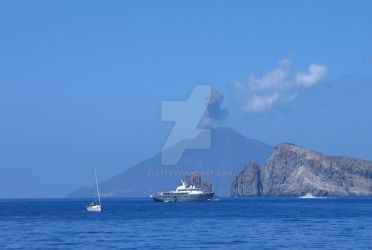 Eruption of Stromboli by cll13