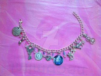 Bracelet: Doctor Who (Ten) by FiyahKitteh