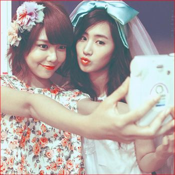 Sooyoung, Yuri by checkmydesigns