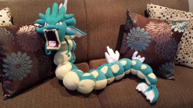 Gyarados plush by Sharsharkitty