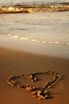 Heart On The Beach by PhotoYoung