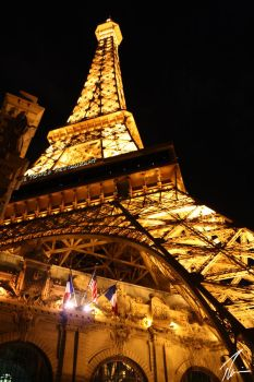 Eiffel tower in USA by passionelle