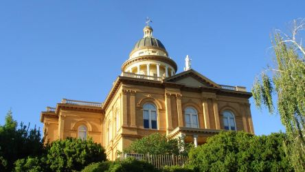 Auburn Courthouse by adderx99