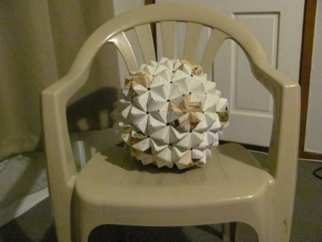 Origami buckyball by mystichuntress