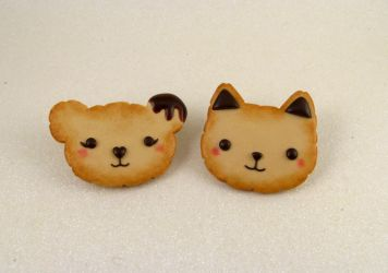 Cookie animals pins -FOR SALE- by wonderfluid