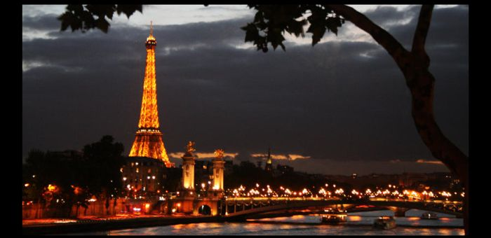 Goodnight, Paris by dhineyurizaa