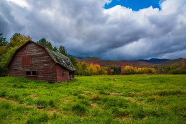 The Old Red Barn by jabroyles