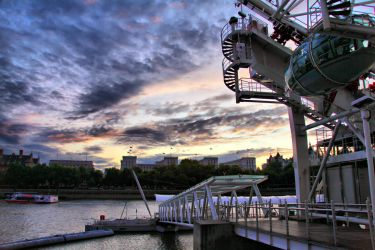 Southbank II HDR by d3lf