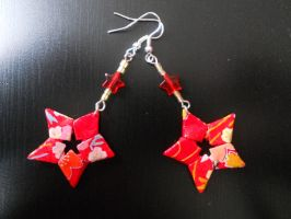 Origami Star Earrings by sakuralu83