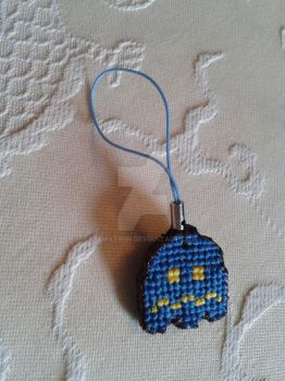 Pacman scared ghost phone charm by iamatwin
