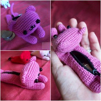 Cat Coin Purse by oddSpaceball
