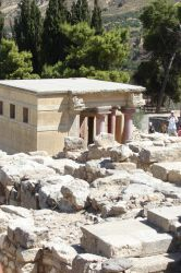 Knossos is amazing by Cyklopi