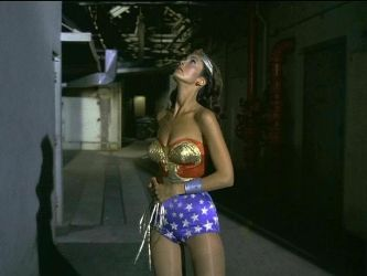 Wonder Woman  Spots Giant by wwfan