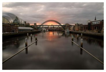 Sunset on Tyne by placey