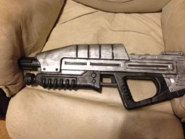 Halo custom assault rifle by Rising-Darkness-Cos