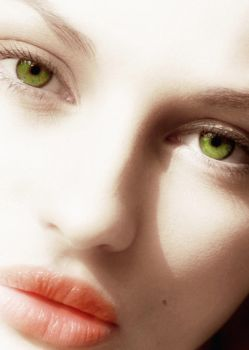 green eyes by jeylina