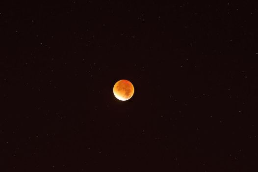 Super Duper XXL Blood Moon,or just a lunar eclipse by Astroandre