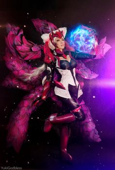 Ahri Challenger Ahri : League of Legends cosplay 3 by yukigodbless