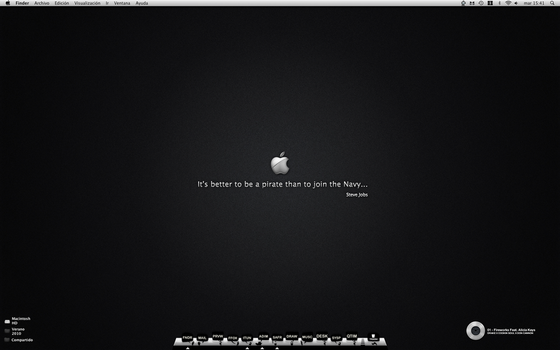Black Apple Desktop -Adelanto- by j--c
