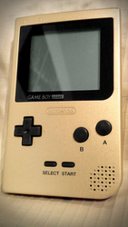 Gameboy Pocket Gold by ArRoW-4-U