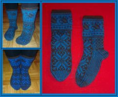 Brown and turquoise fair-isle Lilli socks by KnitLizzy