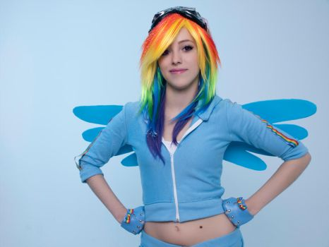 MLP - Rainbow Dash 1 by InhumanSandwiches